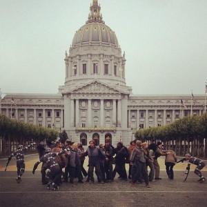 'El amanecer del planeta de los simios' en el Ayuntamiento de San Francisco