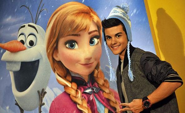 Abraham Mateo y Disney