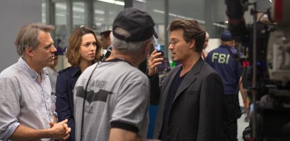 Pfister, Hall y Depp durante el rodaje de 'Trascendence'