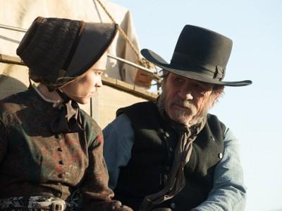 Tommy Lee Jones y Hilary Swank en 'The homesman'