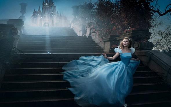Una imagen promocional de Cenicienta (Cinderella)