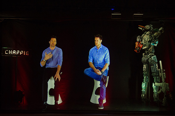 Hugh Jackman y Neill Blomkamp, respondiendo a nuestras preguntas