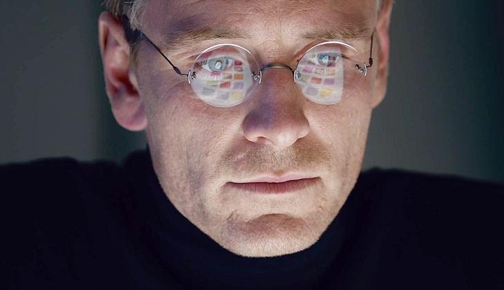Michael Fassbender se convierte en Steve Jobs