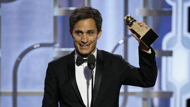 Gael García Bernal gana por 'Mozart in the jungle'